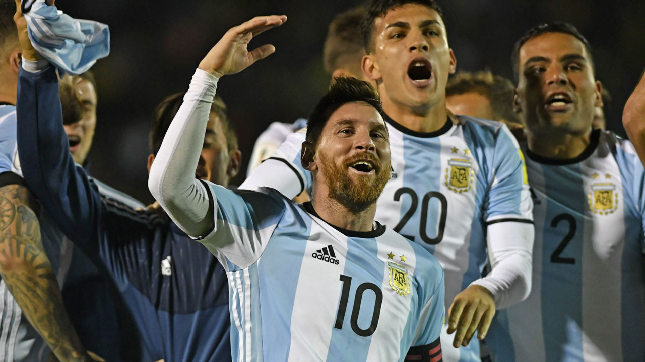 Lionel Messi - Argentina beat Ecuador to Qualify for World Cup
