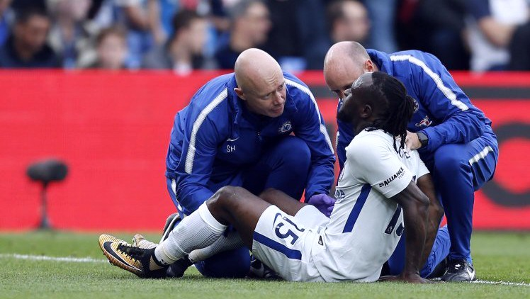 Photo of Chelsea Blame Nigeria For Moses' Hamstring Injury