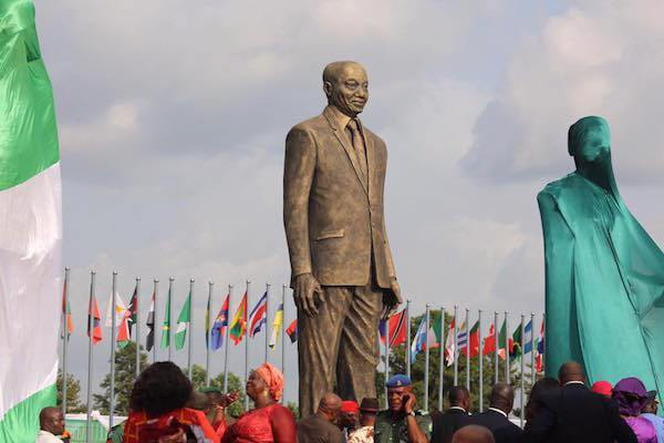 Rochas Okorocha unveils Jacob Zuma statue in Owerri - PHOTOS: Gov. Okorocha Unveils Giant Statue of Jacob Zuma in Owerri, Imo State
