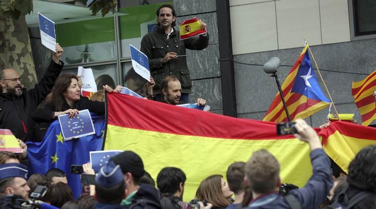 Photo of Court Suspends Catalan Independence Declaration