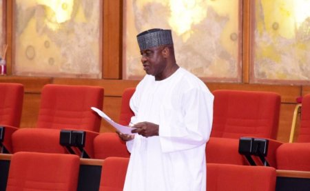 Photo of David Mark Finally Speaks at Senate After Two Years of Silence As He Sponsors A Bill