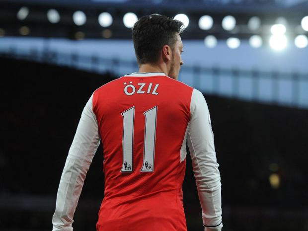 Photo of Mesut Ozil Will Join Manchester United – Reports