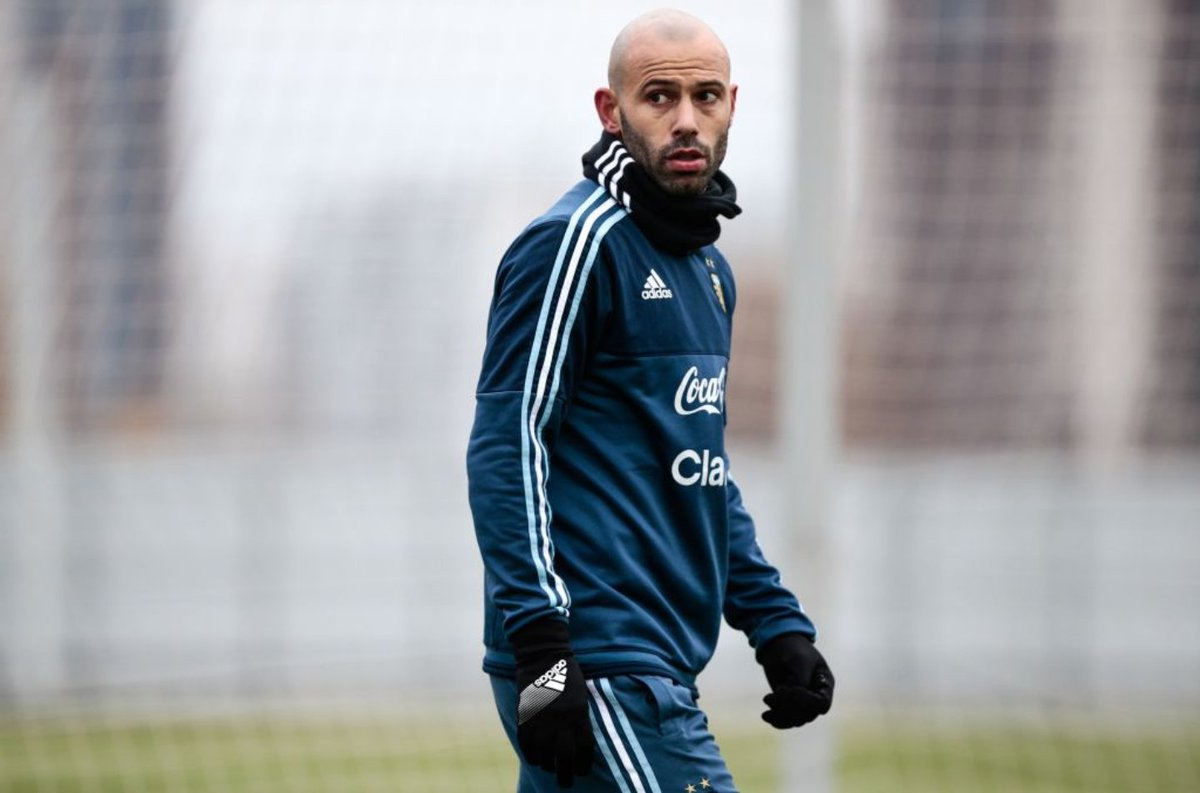 Photo of Mascherano Ruled Out For One Month After Injury