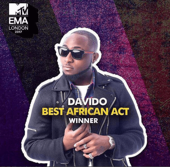 Davido Wins Award