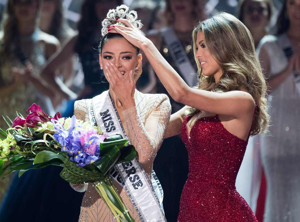 Photo of Miss South Africa, Demi-Leigh Nel-Peters Crowned Miss Universe 2017