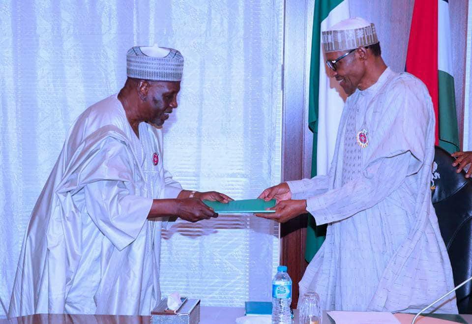 25443288 1997429607137787 139375769685910511 n - PHOTOS: President Buhari Receives Panel Report On NIA