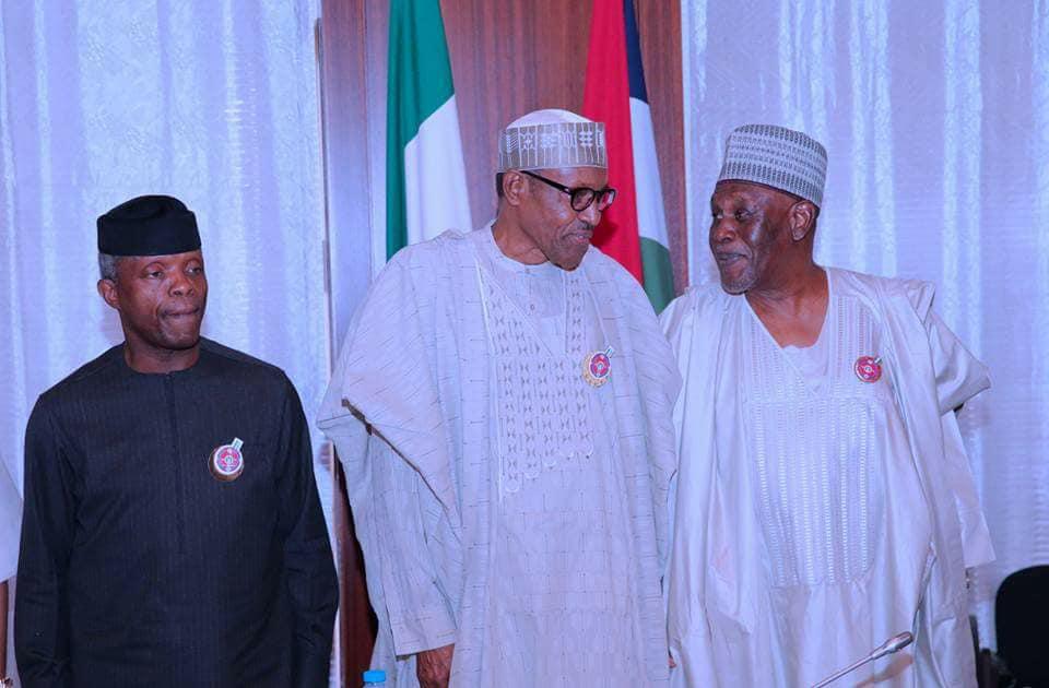 25593836 1997429640471117 357316518639097062 n - PHOTOS: President Buhari Receives Panel Report On NIA