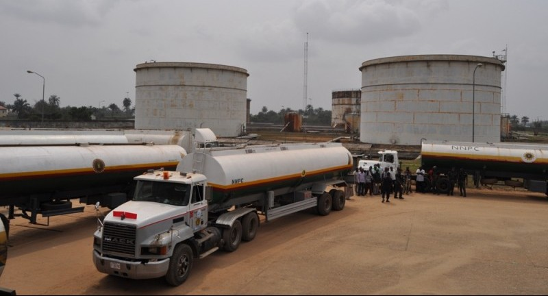 Photo of NNPC Begins Direct Petrol Supply to Independent Oil Marketers