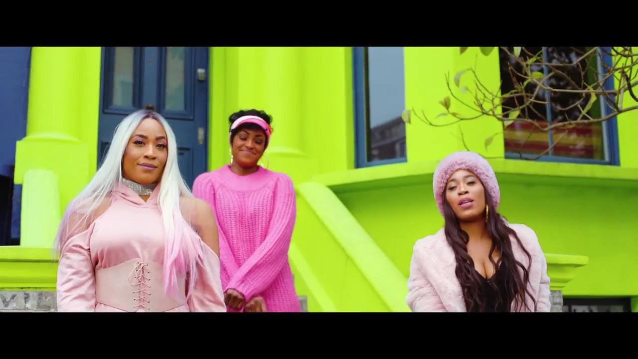 Download VIDEO: SHiiKANE - Christmas Day