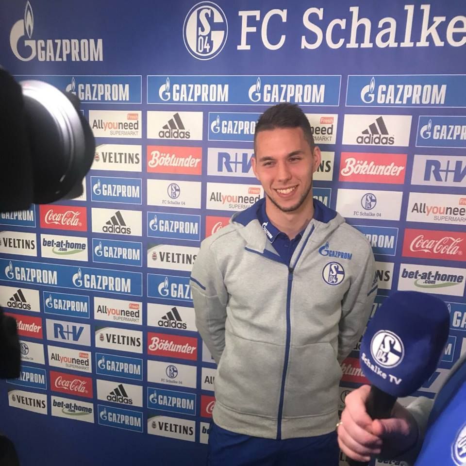 Photo of DEAL DONE: Schalke sign Juventus forward Marko Pjaca on Loan