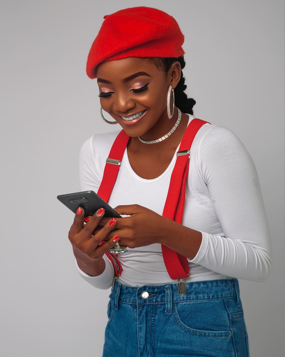 Photo of Simi Bags Endorsement Deal With Opera Mini