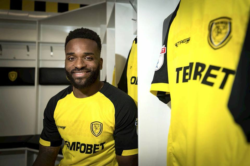 Photo of DONE DEAL: Burton Albion announce the signing of Darren Bent from Derby on loan