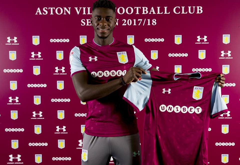 Photo of DONE DEAL: Aston Villa sign Manchester United defender on loan for the rest of the season