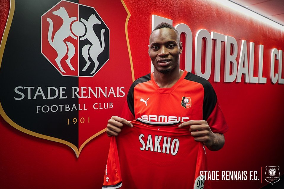 DEAL DONE: Rennes announce the signing of Diafra Sakho from West Ham.