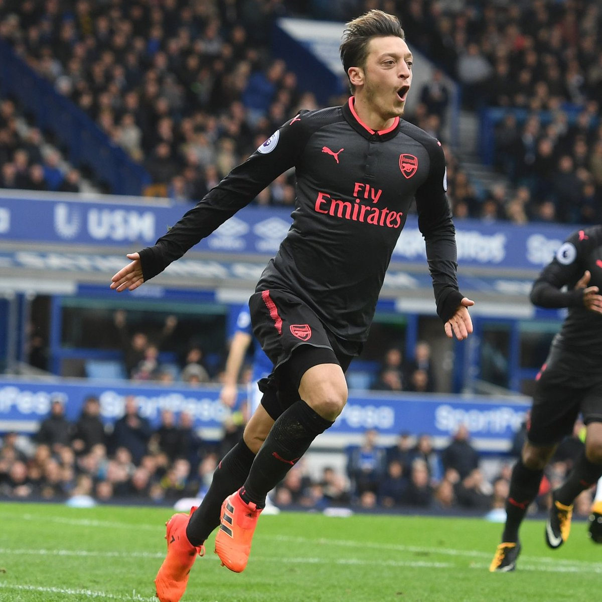 Photo of Arsenal Has Made Me A Bigger Player – Ozil