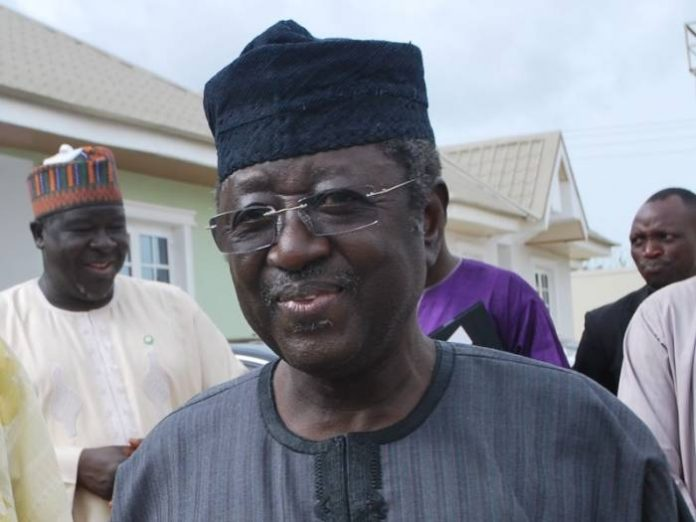 Photo of PDP Members Visit Jonah Jang In Jos Prison