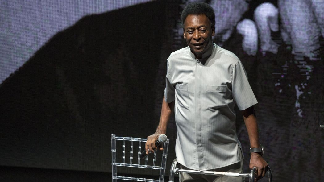 Photo of Pele Hospitalised After Collapsing Due to Exhaustion