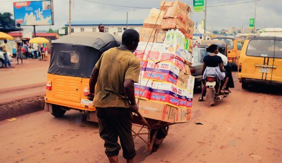 Photo of Lagos Bans Cart Pushers, Wheel Barrow Operators From Streets