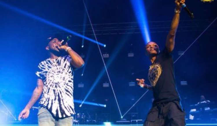 Wizkid joins Davido on stage  - Davido Brings Out Wizkid to Perform On Stage at His 30 Billion UK Tour - WATCH