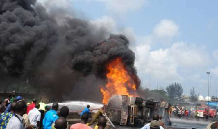 fire - Fire Guts 40 Trucks at Onitsha Market