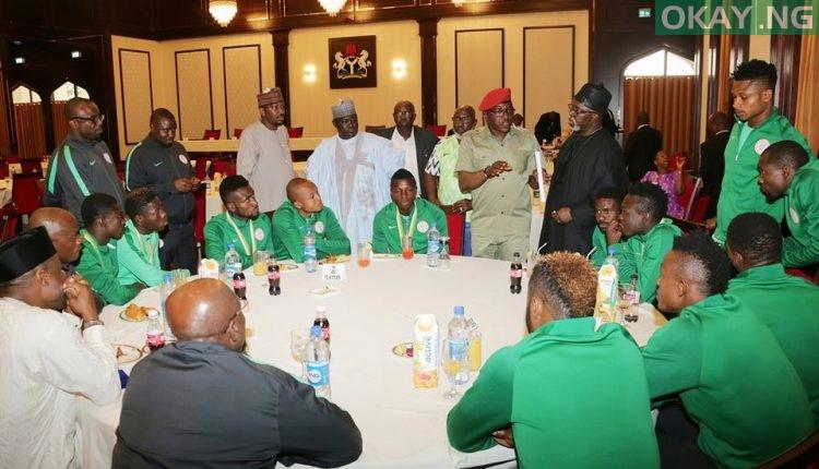 Buhari FIFA World Cup 5 750x430 - PHOTOS: President Buhari Receives FIFA World Cup Trophy In Abuja