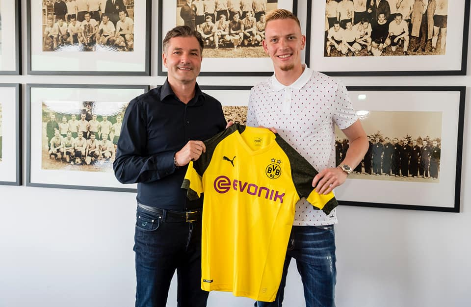 Photo of Transfer News: Marius Wolf Joins Borussia Dortmund from Eintracht Frankfurt