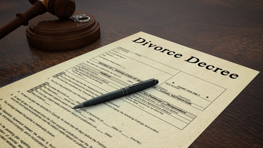 UK Authorities Introduce Online Divorce Application Process In England, Wales
