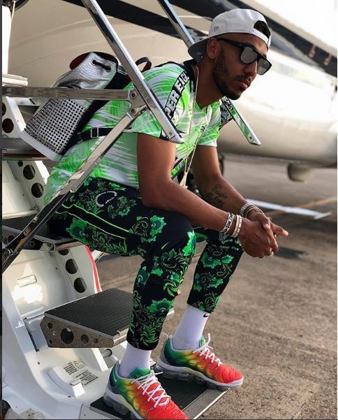 5b24d25bb829e - PHOTOS: Pierre-Emerick Aubameyang Looks Super Cool In Super Eagles Jersey