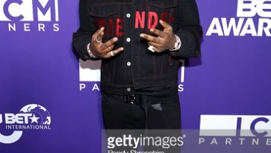 982167118 390x220 - Official Photos of Davido, Niniola, Cassper Nyovest and others at 2018 BET Awards in Los Angeles