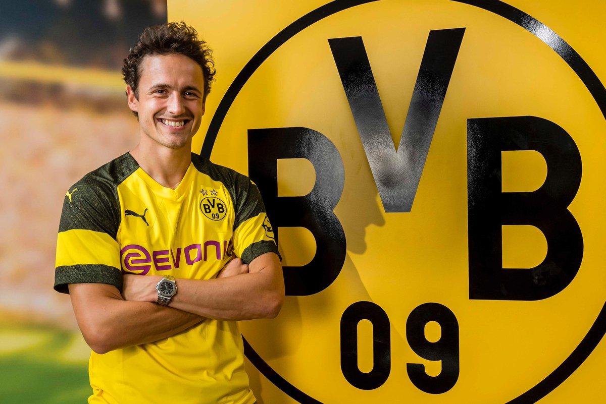 DfGSkPZXUAA slM - Transfer News: Dortmund sign Thomas Delaney from Werder Bremen