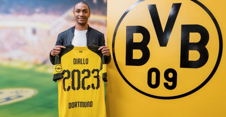 Photo of Transfer News: French defender, Abdou Diallo joins Dortmund from Mainz 05