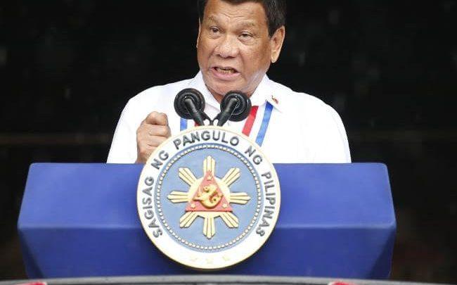 Photo of Philippine President Rodrigo Duterte Calls God 'Stupid'