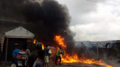 WhatsApp Image 2018 06 30 at 6.26.40 PM 390x220 - PHOTOS: Fire Outbreak Razes House In Ughelli Due to Diesel Spillage