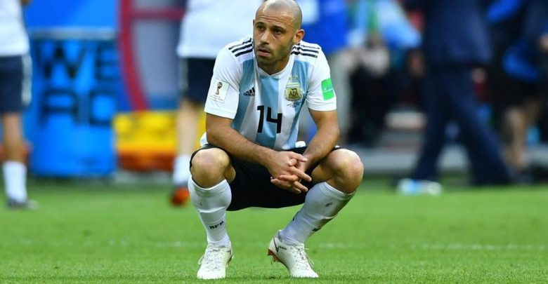 Photo of Javier Mascherano Retires From International Football After Argentina's World Cup Exit