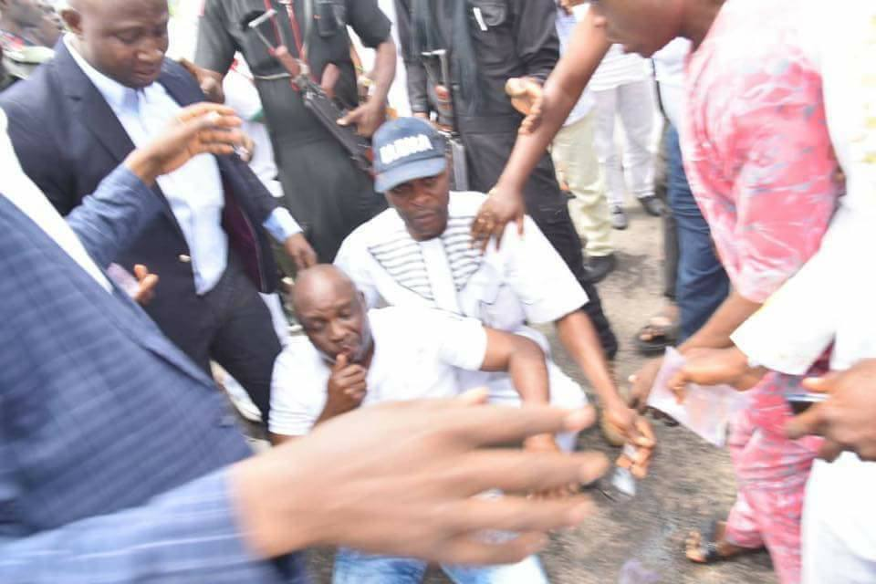 PHOTOS: Fayose Collapses As Police Fire Teargas Into Ekiti Government House - OkayNG News