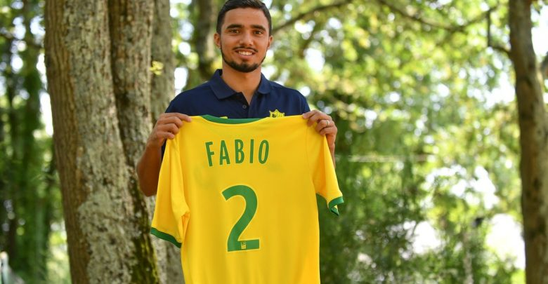 Photo of Nantes sign former Manchester United full-back Fabio from Middlesbrough