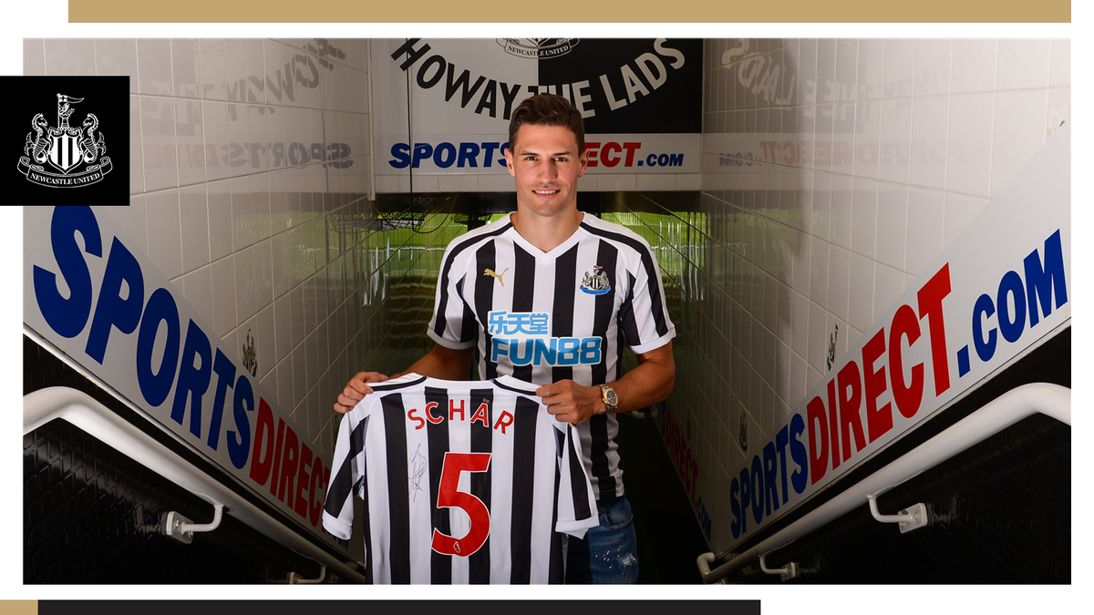 Photo of Newcastle United sign Swiss defender Fabian Schar from Deportivo la Coruña