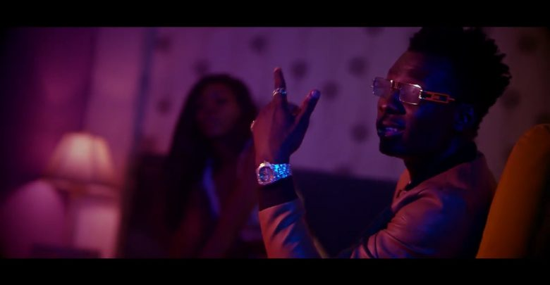 Photo of Video: Terry Apala – Keep Them Talking