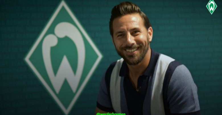 Photo of Werder Bremen re-sign Peruvian striker Claudio Pizarro from FC Cologn