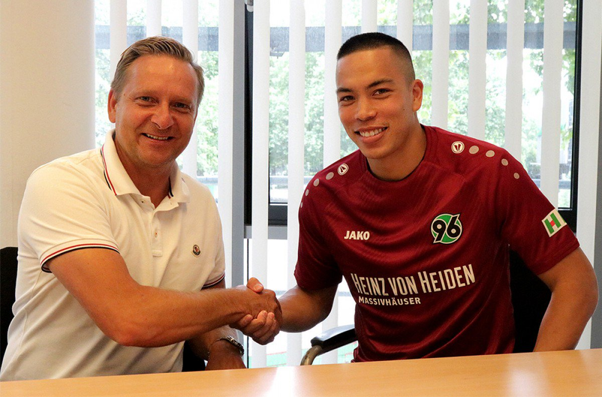 Photo of Transfer News: US striker Bobby Wood joins Hannover 96 from Hamburger SV