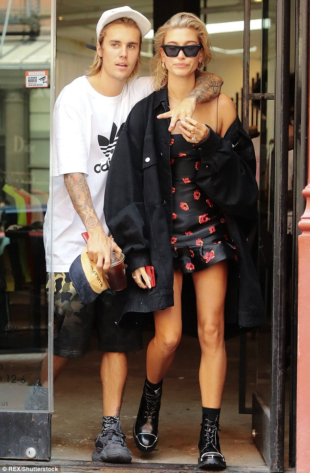 Justin Bieber and Hailey Baldwin postpone their wedding until 2019 - OkayNG News