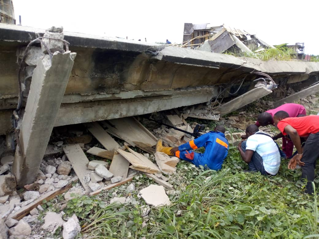 PHOTOS: Abuja Building Collapses, Traps 10 - OkayNG News