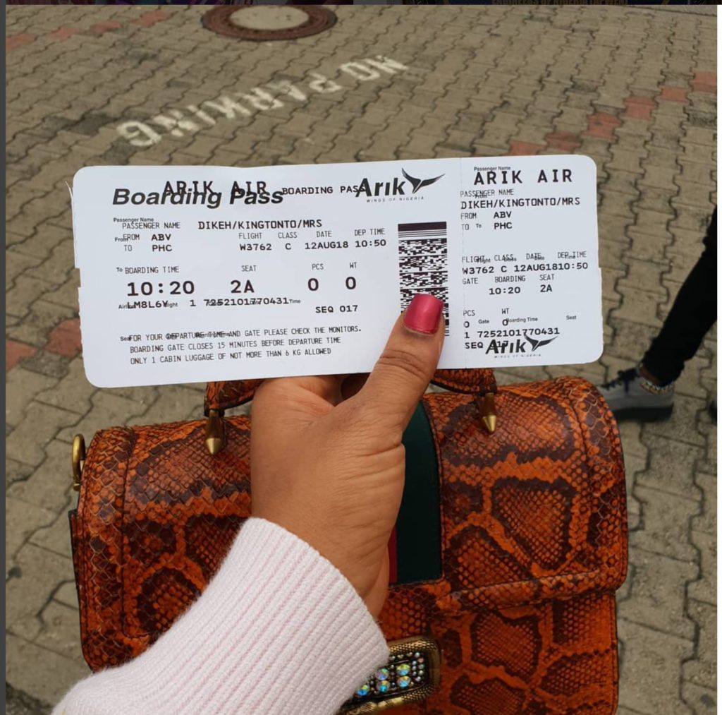 Tonto Dikeh Lambast Arik Air for Delaying Her Flight to Port Harcourt - OkayNG News