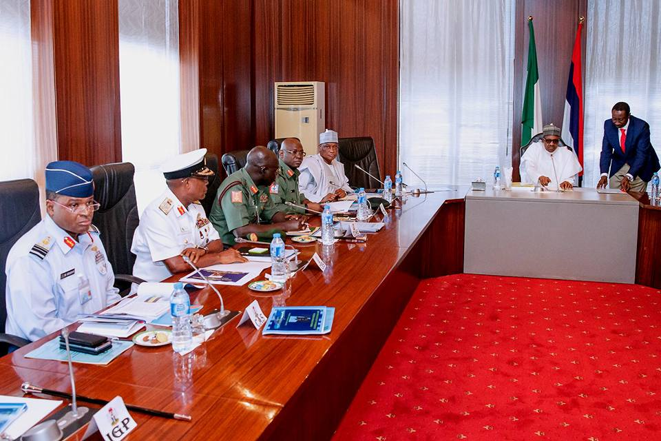 Buhari Meets with Service Chiefs, IGP Over Killings of Soldiers in Metele - OkayNG News