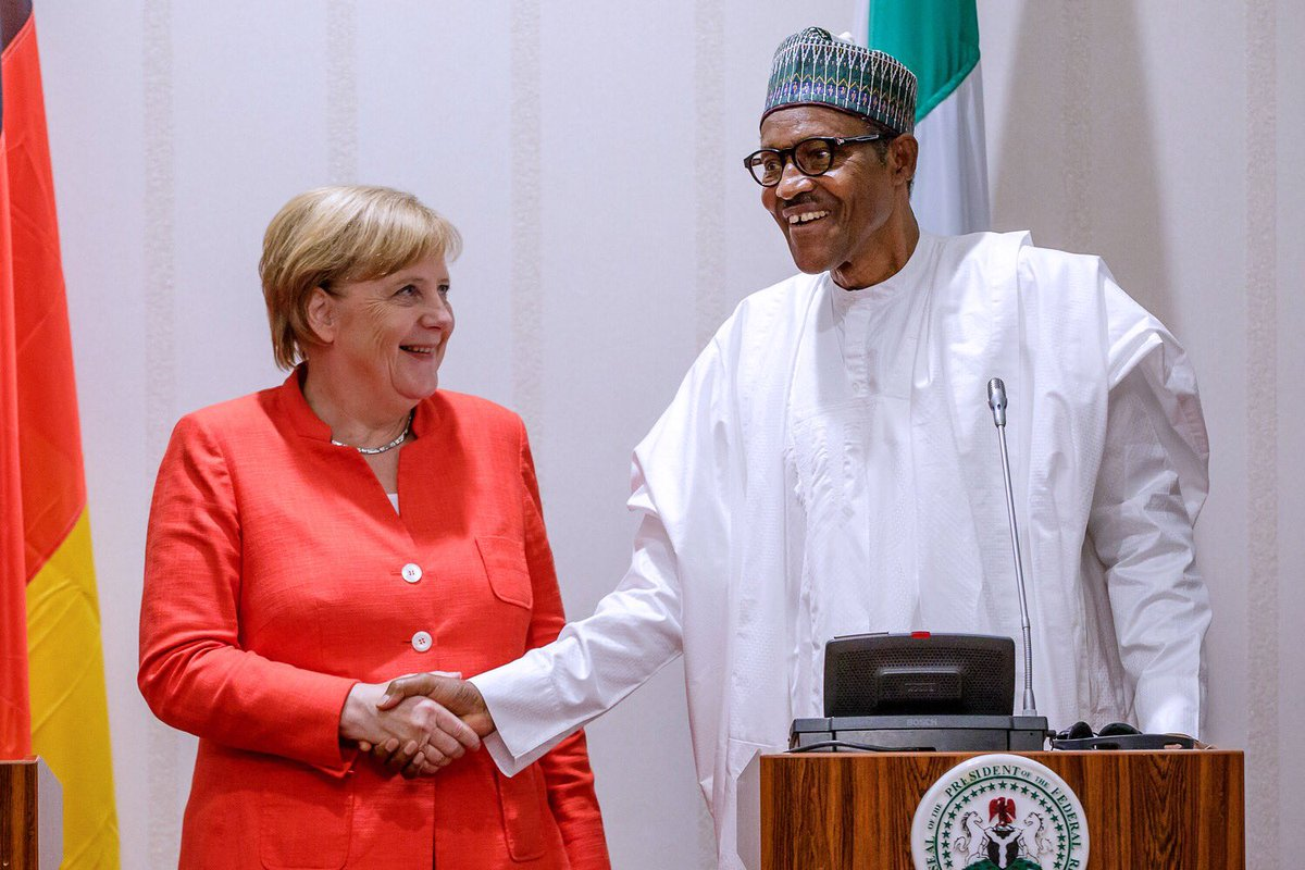 Photo of PHOTOS: President Buhari Receives German Chancellor, Angela Merkel, at Aso Rock