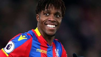 Djip68yX0AACBrn 390x220 - Wilfried Zaha Breaks Silence Over Chelsea Move