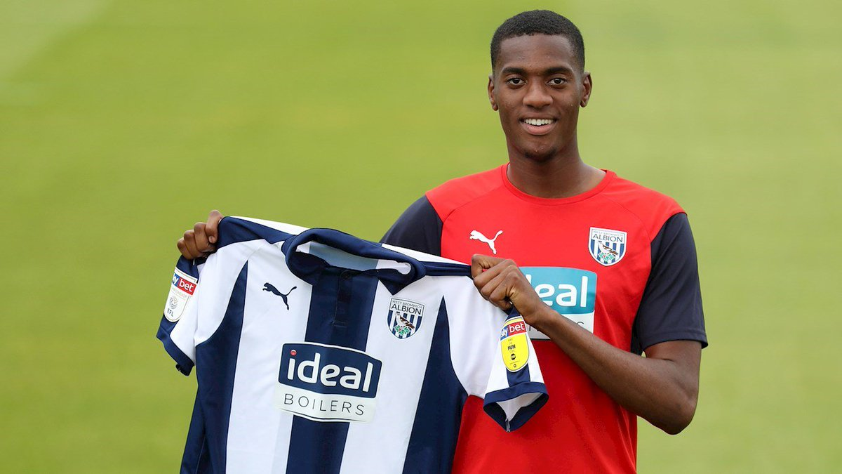 Photo of Manchester City defender Tosin Adarabioyo joins West Brom