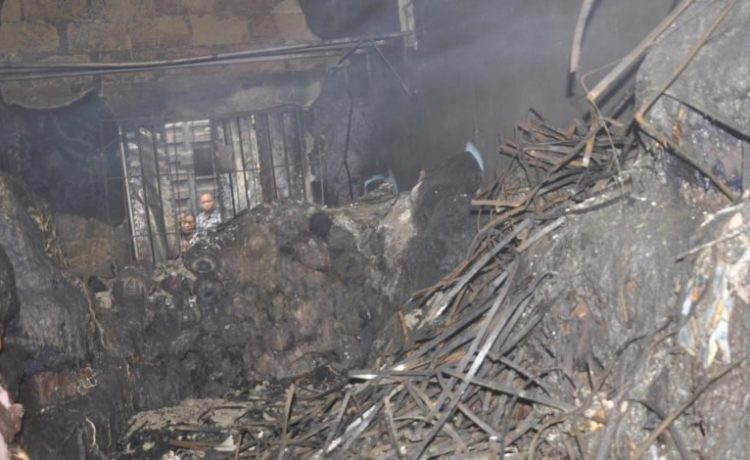 Fire Guts Textiles Materials Worth Millions of Naira in Aba Market - OkayNG News