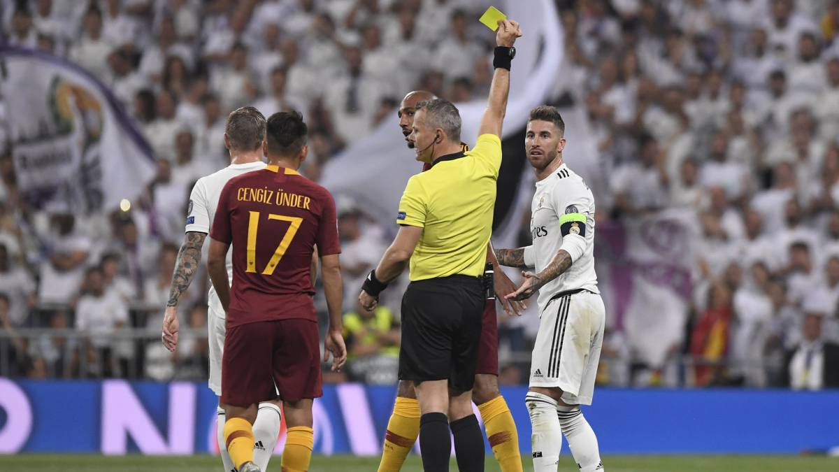 Sergio Ramos Overtakes Paul Scholes' Champions League Record For Most Yellow Cards