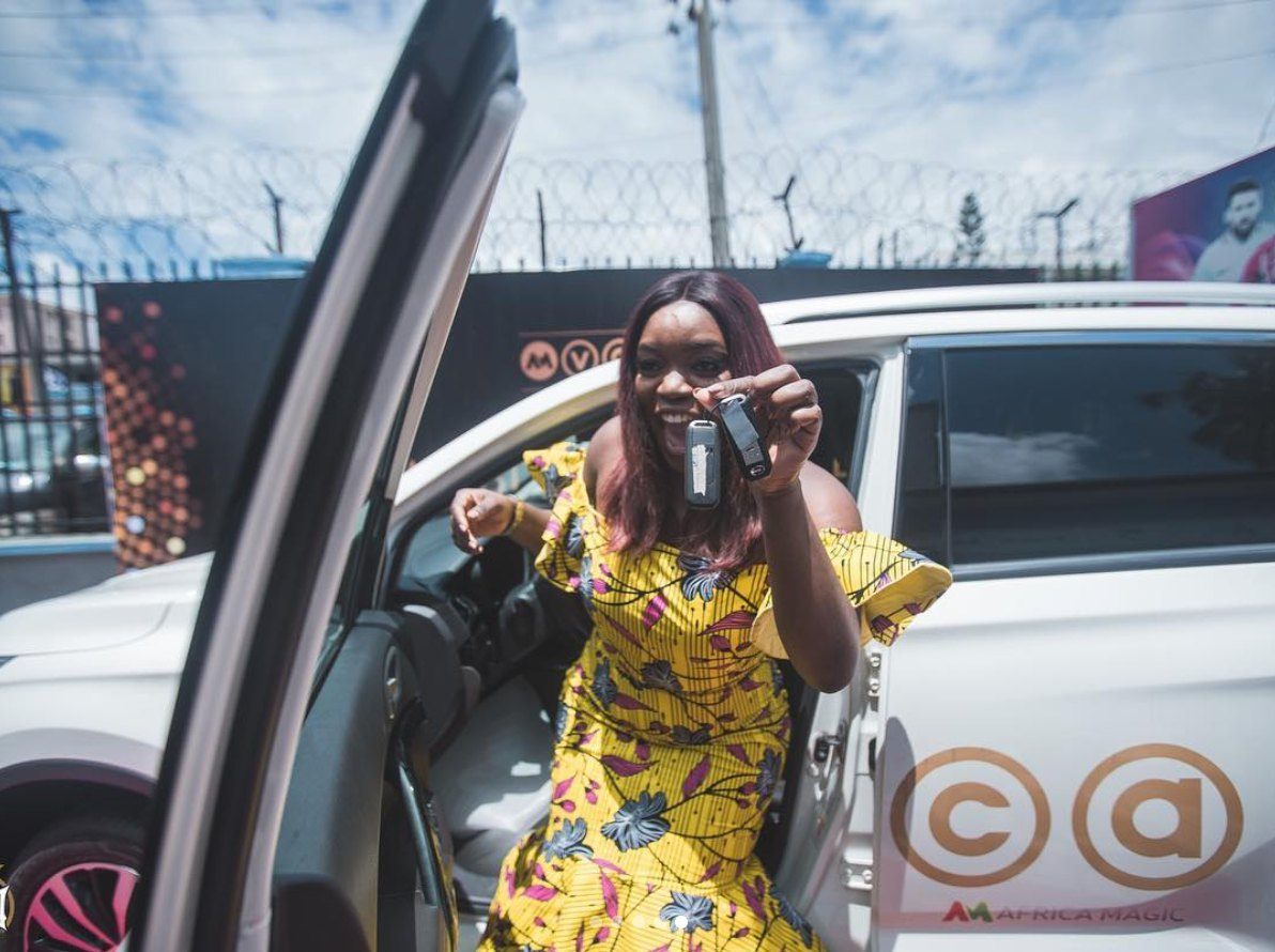 Bisola Receives Her GAC SUV After Winning Big at AMVCA 2018 [See Photos] - OkayNG News
